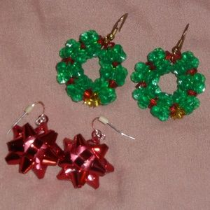 Xmas Earring Bundle of 2 Pair, Wreaths & Bows, New